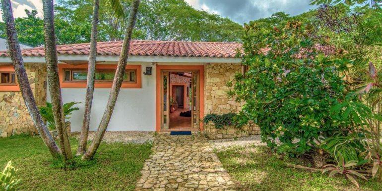 Villa Kamar 4 (2)