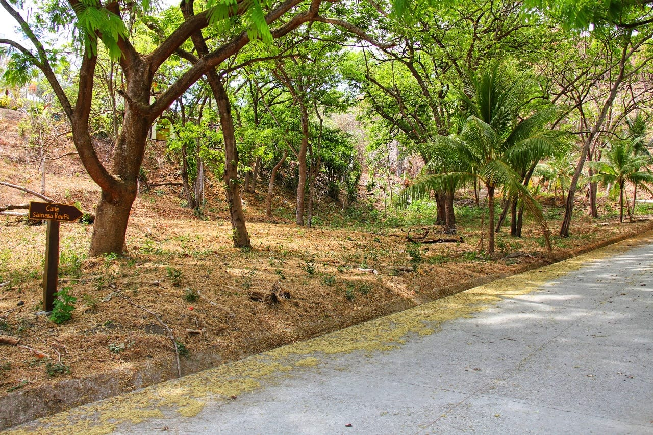 """Great Real Estate located next to the well known development """"Samara Reefs"""" for sale"""